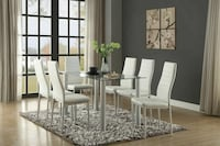 Modern Glass table set with 6 chairs, New.  Prattville, 36067