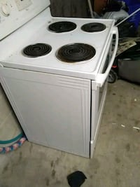 White Electric Stove Brampton, L6X 1L9