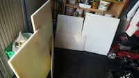 Large variety of cutting boards 498 mi