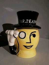 Vintage ceramic Mr. Peanut jar