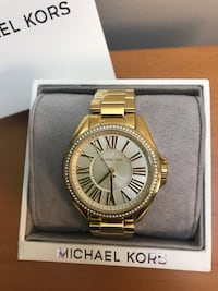 round gold-colored Michael Kors analog watch with box Toronto, M1L 4R8