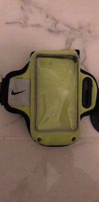 Nike Running Sleeve/ Phone Case St Catharines, L2M 4M6