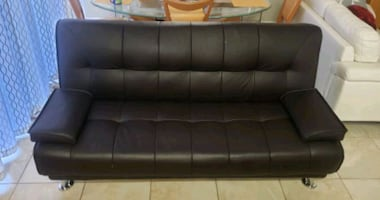 Black Sofa-bed / Futon full