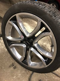 chrome 5-spoke car wheel with tire 55 km