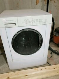 Frigidaire front-load clothes washer