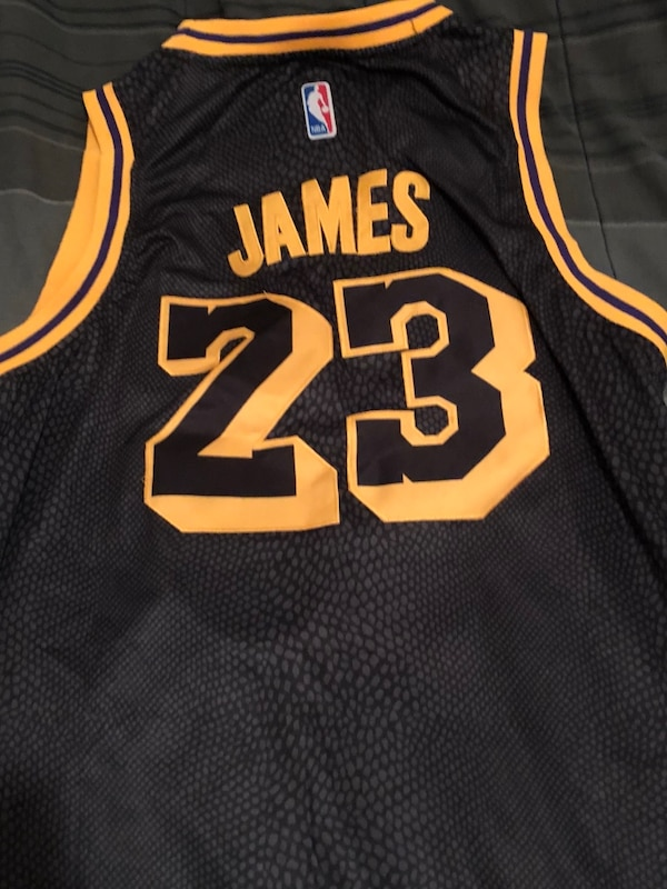 sports shoes bfbbf 7300f Black and yellow Lebron James jersey 80$