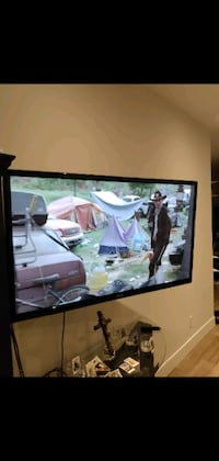 """Samsung 51"""" tv and wall mount"""