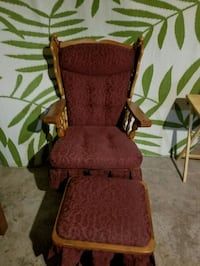 Rocking chair and matching ottoman London, N5Z 4R9