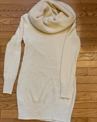 H&M white turtleneck long sweater  Hagerstown, 21742