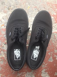Pair of black vans low-top sneakers Toronto, M1E 1T7