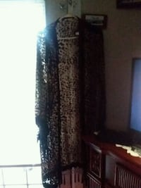women's black and gray long-sleeved dress 843 mi
