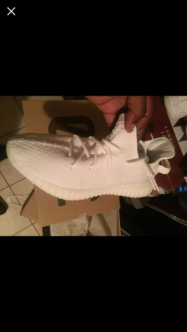 a0861853d3d Used Brand new Yeezy 350 triple white   cream for sale in Union - letgo