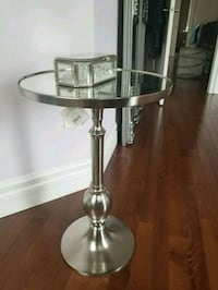 Bowring accent table new with tags Newmarket, L3X 2J3