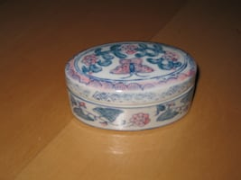 NEW Vintage Pottery Jewelry Box