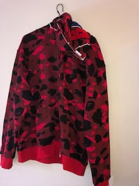 red and black camouflage zip-up jacket Ottawa, K2R