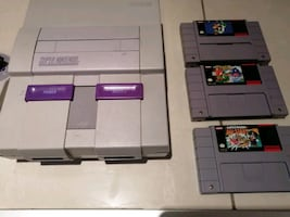 SNES classic with three games