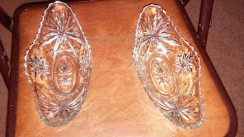 Crystal glass oval bowls