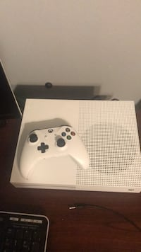 xbox one s New York, 10309