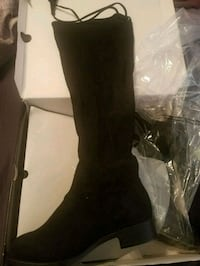 Black scrunch knee boots new North Las Vegas, 89032