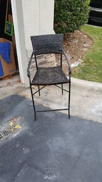 Firm price single wicker chair