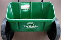 Scotts turf builder accugreen drop spreader fertilizer salt CIB NEW Toronto, M3J 2B8