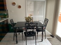 Dining Table with chairs Brampton, L6R 1S3