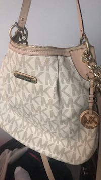 white Michael Kors monogram leather tote bag Haymarket, 20169