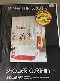 Brand new Mickey and friends shower curtain.  Great for a Mickey fan Toronto, M6G 3G9