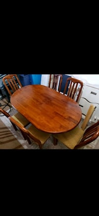 Wooden table(delivery included) Toronto, M1S 0G5