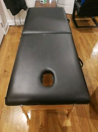 Massage table + accessories