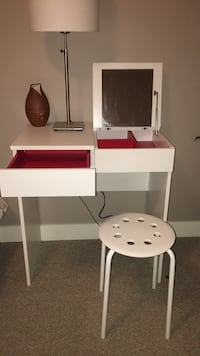 white and red wooden desk Kelowna, V1Y 4X6