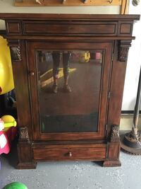 China Cabinet  New Market, 21774