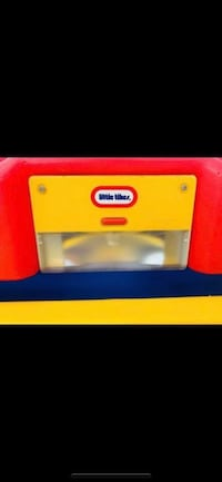 Little tikes Game table for children from 1 year to 5 years old