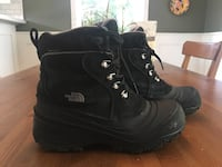North Face Chilkat Waterproof Winter Boots -size 6 Pickering, L1V 1H3
