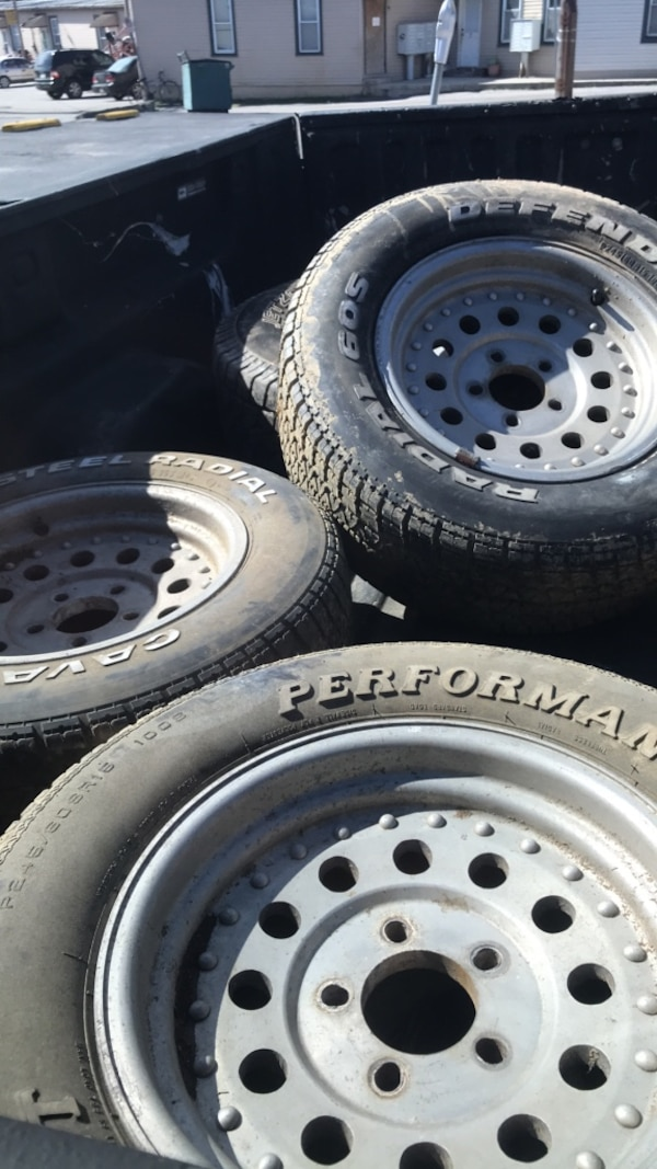 Rims size 15 need clean two sets rims size 15 5log pattern