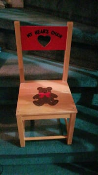 Small wooden chair  Mississauga, L5B 4E7