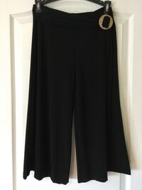 Black flare pant-skort. Women's/Ladies/Girls/Teens. Size XS/S worn once for a dance competition .  Brampton, L6R 2S1