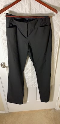 the limited. womens pants.  6 long  41 km