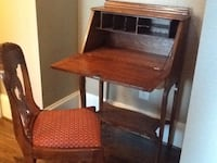 Antique Chippendale Mahogany Secretary with locking hutch with chair Charleston, 29401