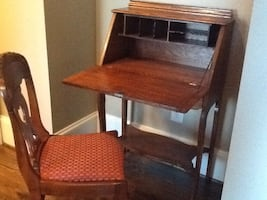 Antique Chippendale Mahogany Secretary with locking hutch with chair