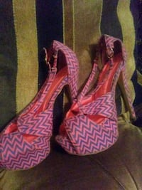 pair of pink-and-brown wedge sandals Tupelo, 38801
