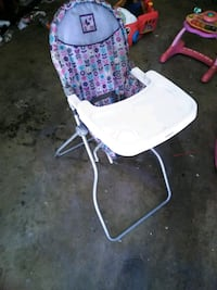 white and purple floral highchair Visalia, 93277