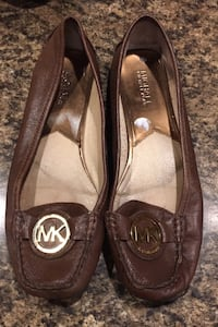 Michael Kors leather flats 9M Waterford, 53185