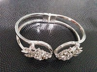 Bracelet / bangle  Mississauga, L5M 0A5