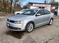 2011 Volkswagen Jetta 1Owner/Leather/Sunroof/Automatic/Comes Certified Scarborough, ON M1J 3H5, Canada