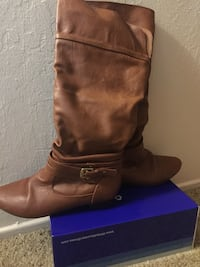Brown boots size 7.5 Turlock, 95382
