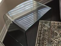 Amazing Tempered Glass End Table! Toronto, M2K 0A6