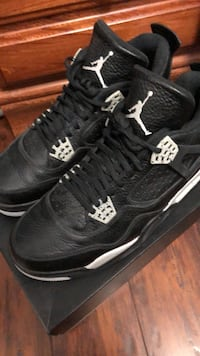 Pair of black air jordan 4's Vancouver, V5S 3J2