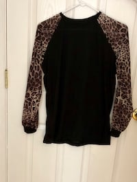 black and brown leopard print long-sleeved shirt Frederick, 21703