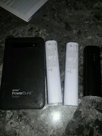 4 portable chargers working  Winnipeg, R3G 0G9